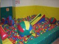 Piscina de bolas para los peques