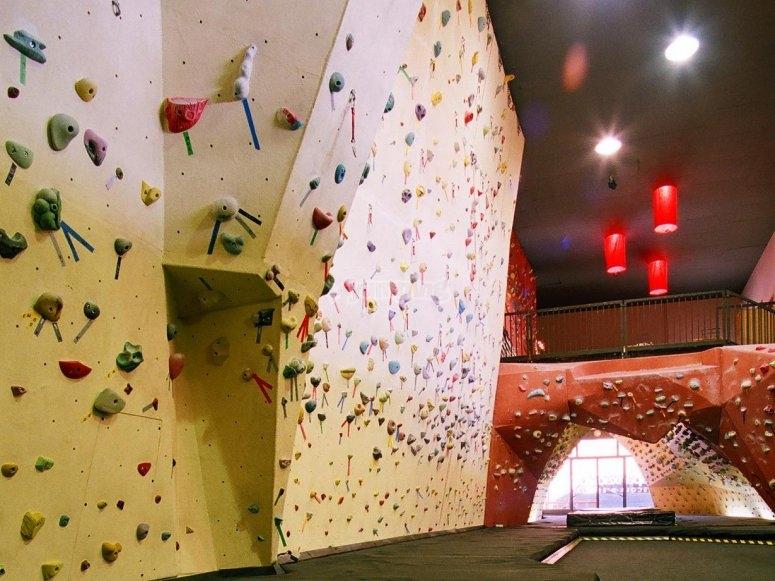 Indoor climbing, birthday