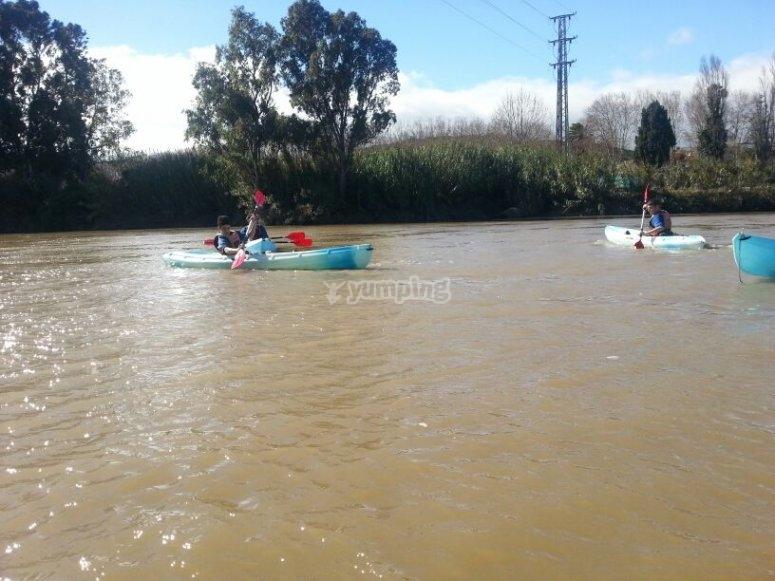 Disfruta en nuestros kayaks