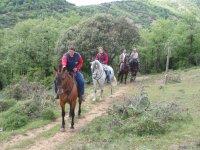 Por la senda con los caballos
