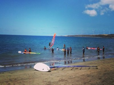 大加那利岛的滑浪风帆课程2小时
