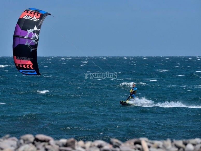 Prueba el kitesurf