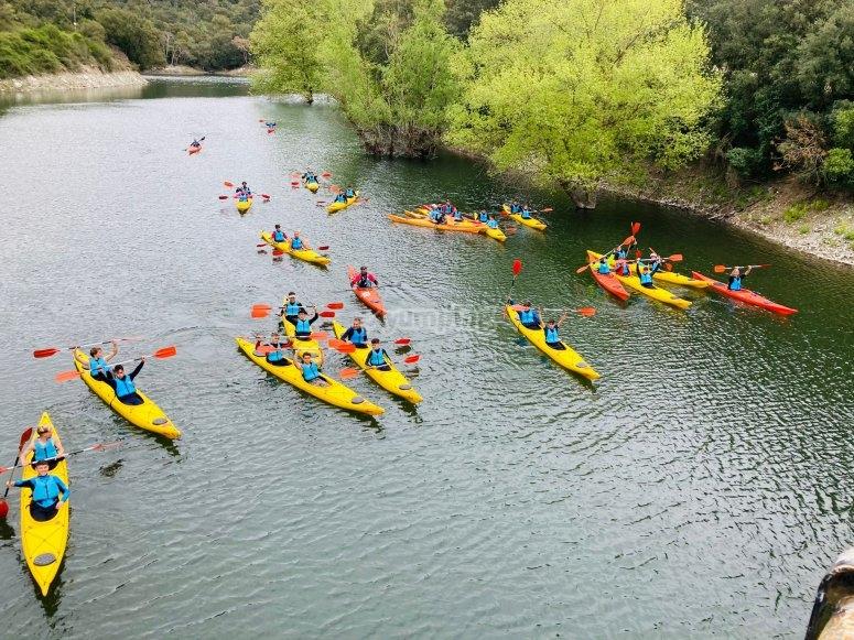 Avanzando con los kayaks