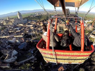 Balloon tour Toledo & video, photos, brunch Adults