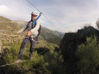 deportista en la via ferrata