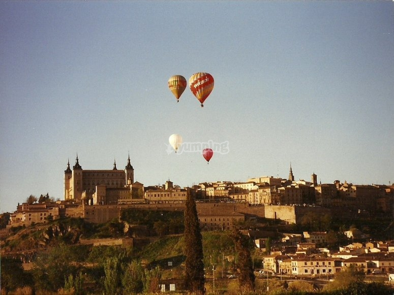Flight in hot air balloon