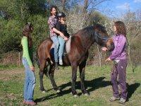 Aprendiendo como montar a caballo