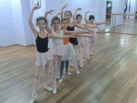Las chicas del campa de danza