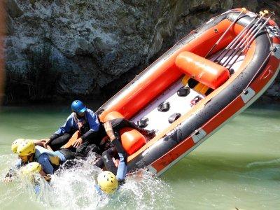 Rafting media jornada en El Tejar