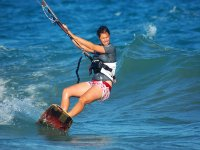Campamentos de kitesurf para chicas