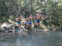 Baño en el río Udabe