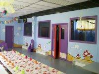 Kids dining area