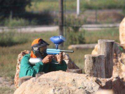 与100个球的彩弹射击比赛在Deltebre