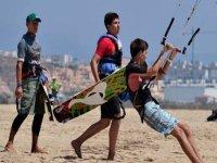 Iniciación y perfeccionamiento de kitesurf
