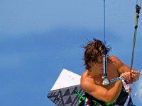 Divertiti con il kitesurf
