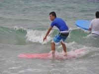 escuela surfera