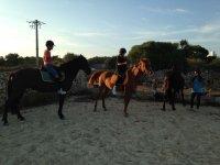 Clase de equitacion para peques