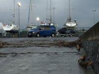 在港口码头和waterjoy