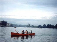 Cooperate in the canoe