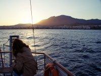Aprovechando los últimos rayos de sol a bordo