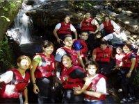 Iniziazione di canyoning di gruppo