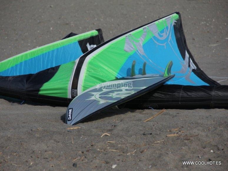 Aprende kitesurf en Torremolinos
