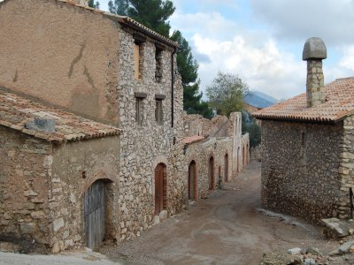 Hiking trip + lodging in Costa Daurada