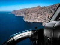 Alcanzando la costa en helicóptero