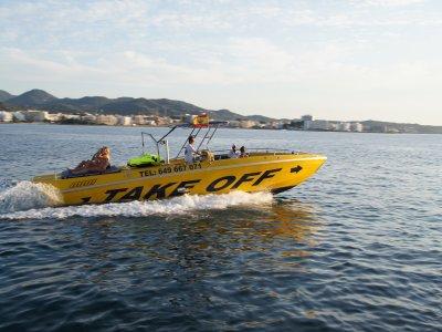 Gita in barca sulla costa di Ibiza, adulti