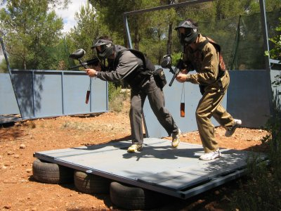 Paintball game with 200 balls in Estivella