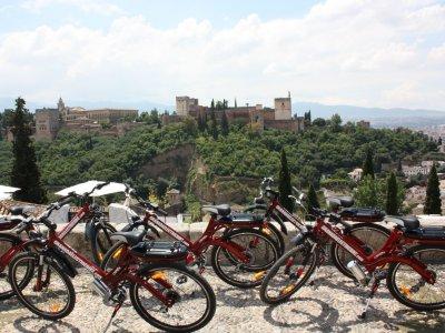 Tour en bici eléctrica por Granada, 1h 30 minutos