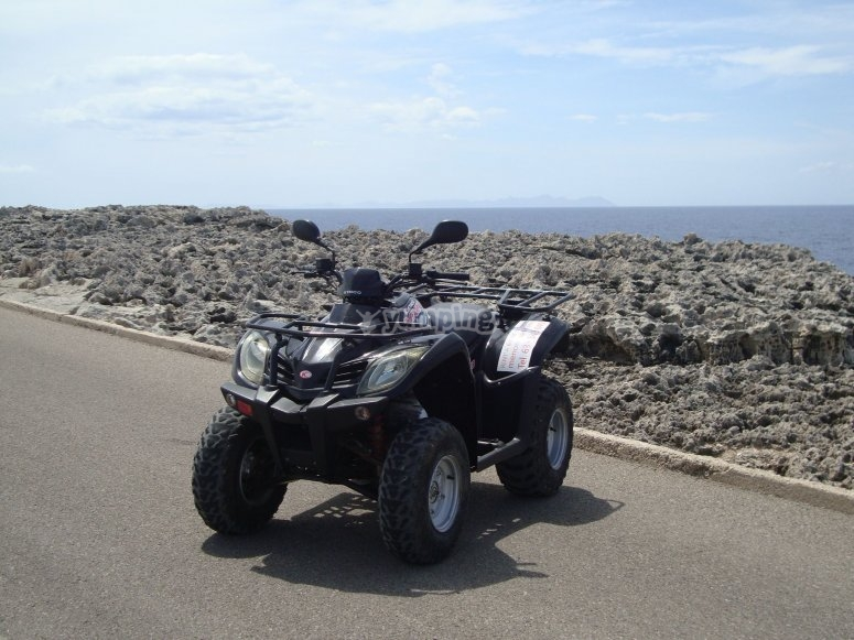 Rent your two-seater quad in Menorca