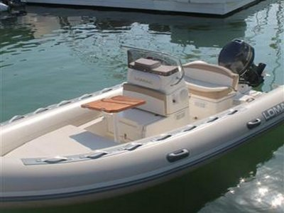 Rent a Zodiac Lomac 5, 4 hours in Denia