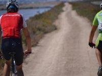 Carretera de tierra en bici