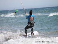 用coolhot学习风筝冲浪