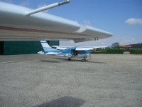 Aviones ultraligeros en el cmapo de vuelo de Bellvei