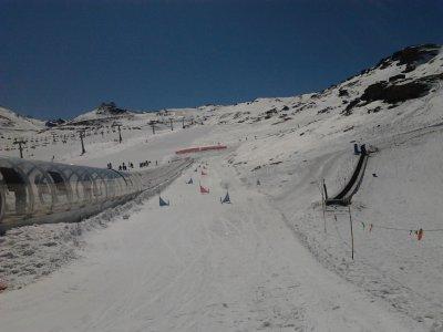Clase de esquí 1 h fin de semana, Sierra Nevada