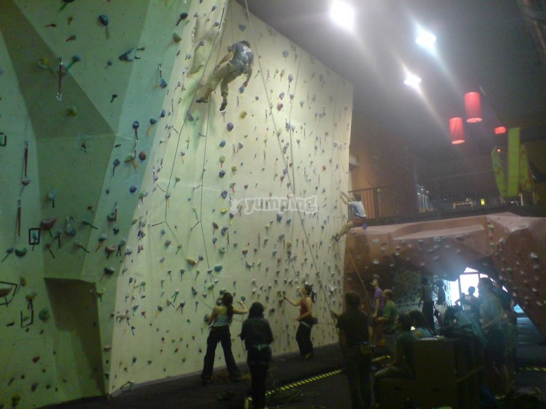 Climbing tuition in Madrid