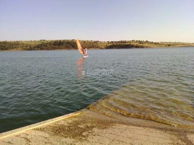 Windsurf en el pantano