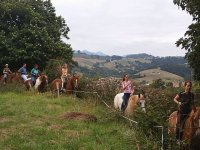 Montar a caballo en Asturias Arriondas 1 hora