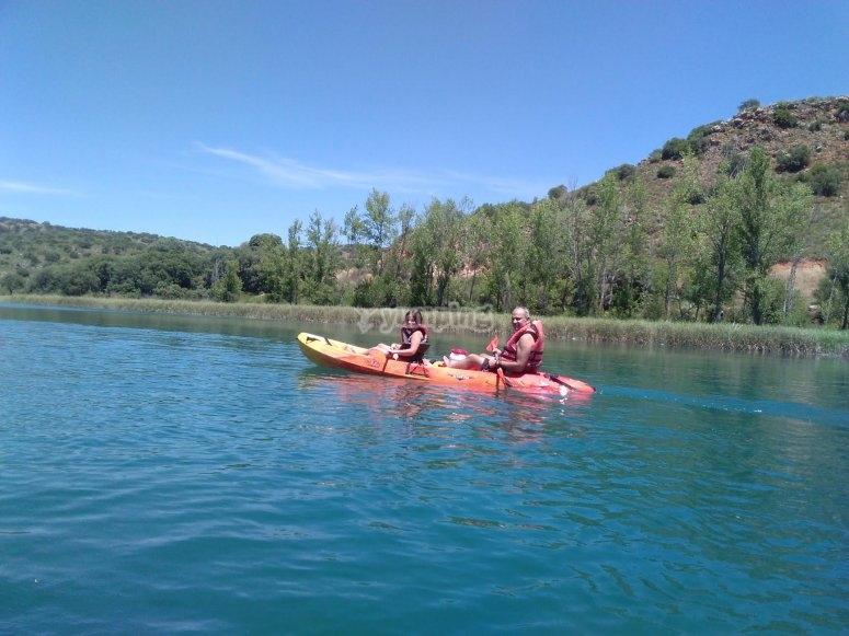 Dia familiar en kayak en las lagunas
