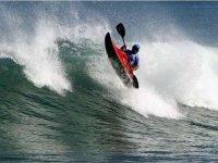 Las mejores olas con los kayaks