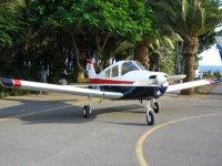 Avioneta Cherokee