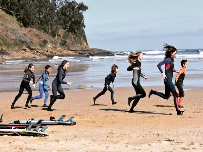 10 Surfing Classes of 2h, Luaño Beach, Cobreces