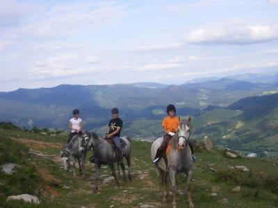 Percorso di equitazione di mezza giornata, di Artziniega