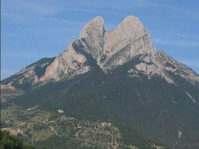 徒步游览Sierra Pedraforca 6小时