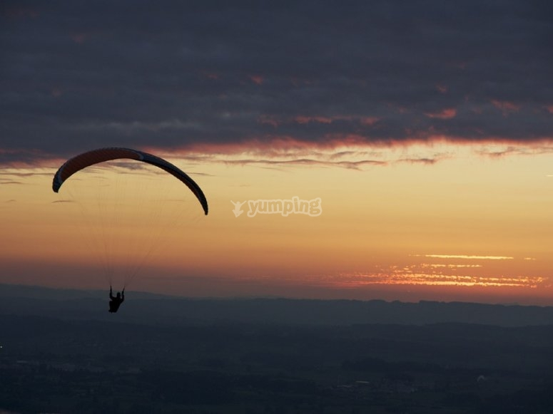 At sunset in the paramotor