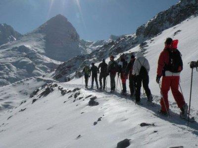 Rumbo a Picos Raquetas de Nieve