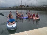 与小朋友一起划桨