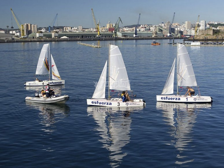 Navegando en barcos de vela ligera